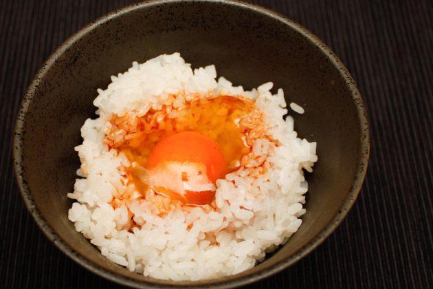 遠賀TKG(卵かけご飯)菜種油のピリ辛醤油